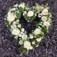 White open heart with roses and germini